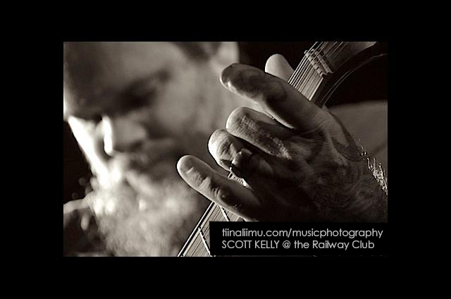 SCOTT KELLY; The Railway Club; Vancouver; 2012; tiina liimu music photography