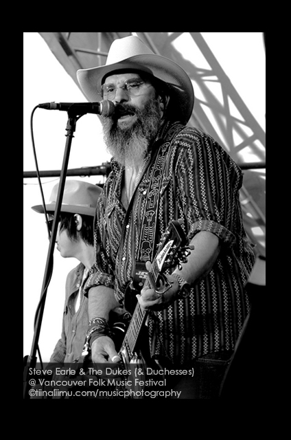 Steve Earle and the Dukes and Duchesses@ FUNKYS; Vancouver 2013; tiina liimu music photography